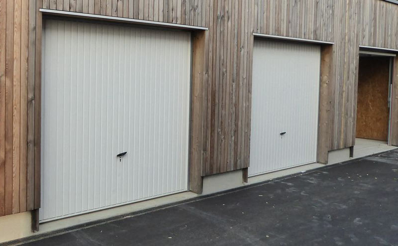 Porte de garage novoferm home garde protection point fort fichet paris - Isolant porte de garage basculante ...