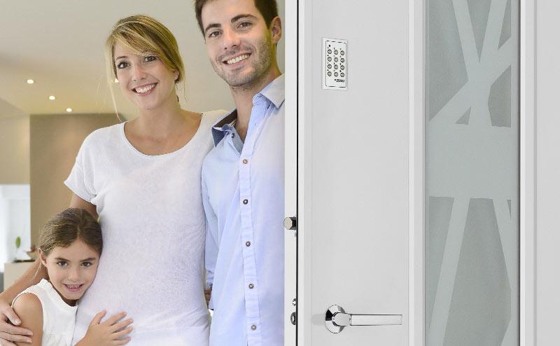 porte blind e picard pour maison home garde protection point fort fichet paris. Black Bedroom Furniture Sets. Home Design Ideas